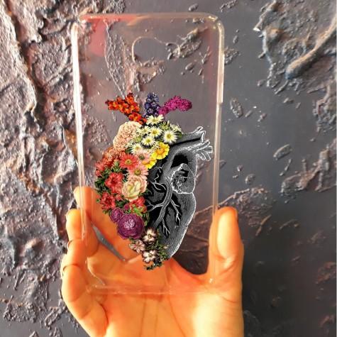 Çiçekli Kalp Telefon Kılıfı